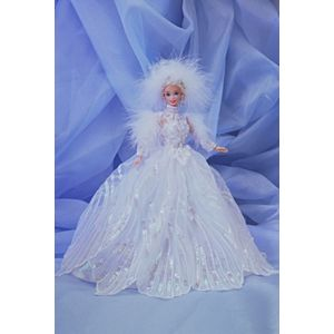 Snow Princess Barbie® Doll (blonde)
