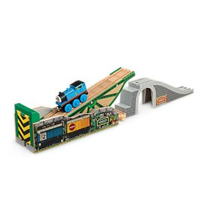 Thomas & Friends™ Wooden Railway Tidmouth's Tipping Bridge