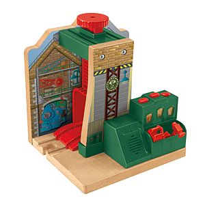 Thomas & Friends™ Wooden Railway Steamworks Lift & Repair