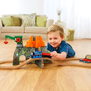 Thomas & Friends™ Wooden Railway Volcano Park Deluxe Set