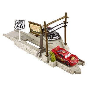Disney Cars Highway Hideout Play & Race Launcher