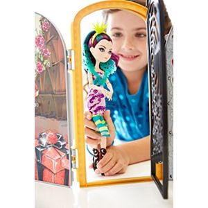 Ever After High® Way Too Wonderland™ Playset