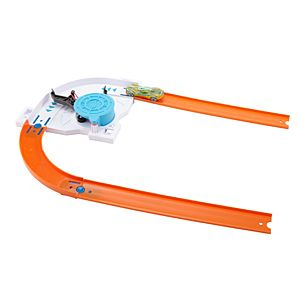 Hot Wheels® Track Builder - Turn Kicker