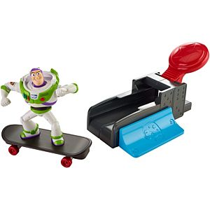 Disney•Pixar Toy Story Slam & Launch Buzz with Skateboard