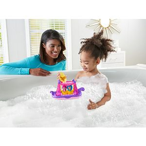 Shimmer and Shine™ Swing & Splash Genie Boat