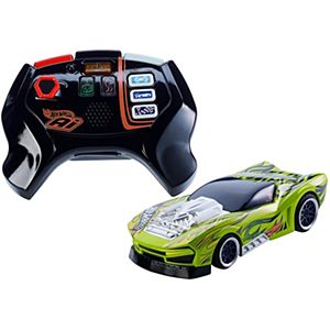 Hot Wheels® Ai Street Shaker™ Car & Controller