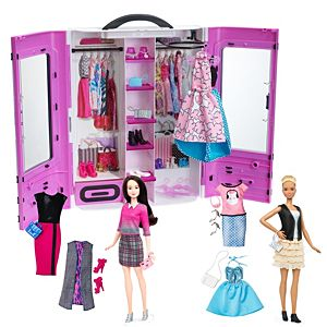 Barbie® Fashionistas® Essential Fashion Gift Set