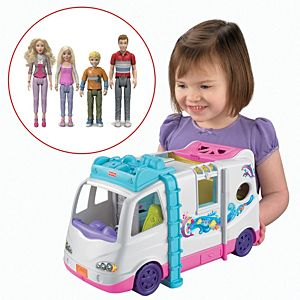 Loving Family™ Mobile Home & Characters Gift Set