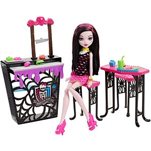 Monster High® Playsets + Clawdeen Wolf™ Doll Gift Set