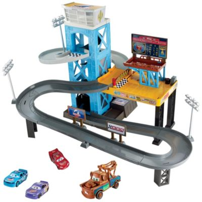 disneypixar cars 3 garage gift set