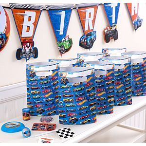 Hot Wheels Basic Favor Kit for 8 Guests