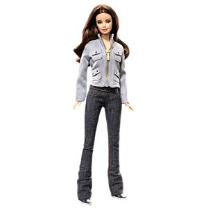 <em>Twilight</em> Bella Doll