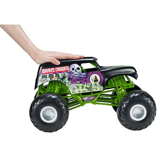Hot Wheels Monster Jam Giant Grave Digger Truck Hot