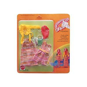 Growing Up Skipper® Doll Fashion #9024