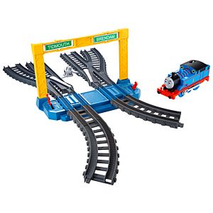 Thomas & Friends™ TrackMaster™ Switch, Stop & Signal Expansion Pack