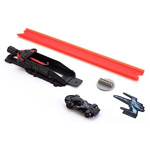 Hot Wheels® Star Wars™ Lightsaber™ Blast & Battle™ Darth Vader™ Vehicle Launcher