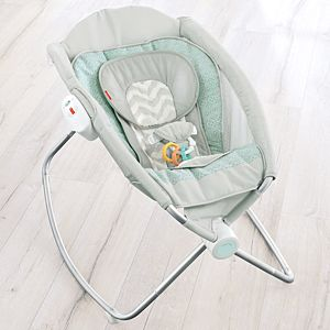 Sweet Surroundings Deluxe Newborn Rock 'n Play™ Sleeper