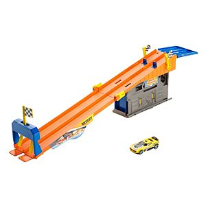 Hot Wheels® Rooftop Race™ Garage Playset