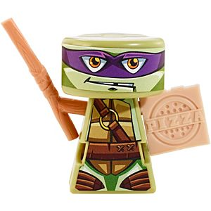 VS Rip-Spin Warriors™ Donatello Warrior