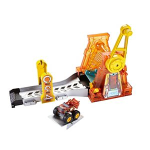 Blaze And The Monster Machines™ Light & Launch Hyper Loop