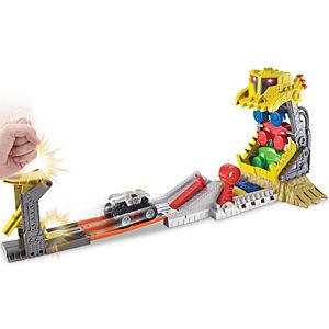 Hot Wheels® Monster Jam® Front Flip Takedown Play Set