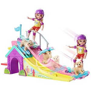 Barbie® Club Chelsea™ Flips and Fun Skate Ramp