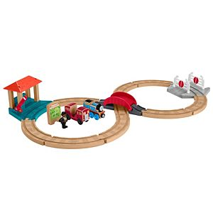 Thomas & Friends™ Wood Racing Figure-8 Set