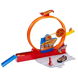 Hot Wheels® Speedy Pizza™ Track Set