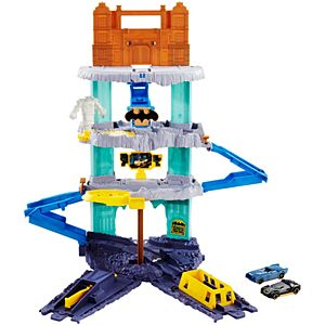 Hot Wheels® DC Universe Expanding Batcave Play set