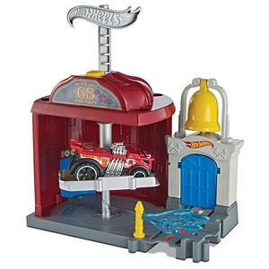 Hot Wheels® City Downtown Fire Station Spinout™ Play Set