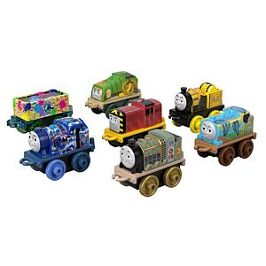 Thomas & Friends™ Minis Collectible Toy Train 7-Pack