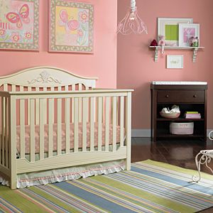 Mia Convertible Crib