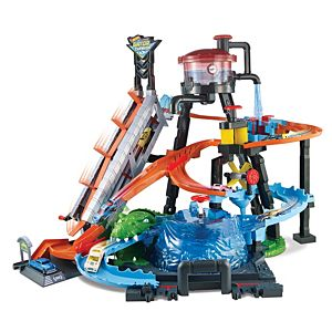 Hot Wheels® City Ultimate Gator Car Wash™ Play Set