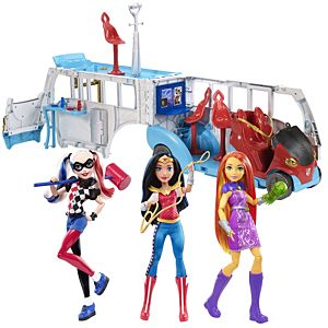 DC Super Hero Girls™ School Bus + Action Dolls Gift Set