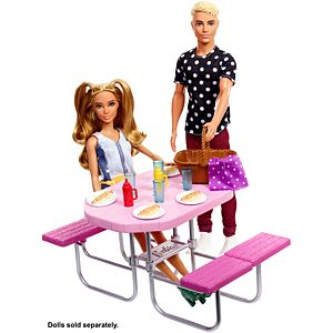 Barbie Picnic Table