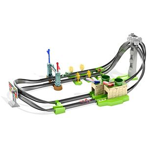 Hot Wheels® Mario Kart™ Circuit Lite Track Set