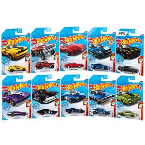 Hot Wheels® Muscle Mania™ Vehicle 10-Pack
