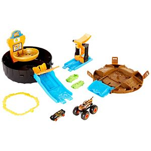 Hot Wheels® Monster Trucks Stunt Tire™ Play Set, Amazon FFP Packaging
