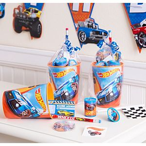 Hot Wheels Super Favor kit for 8 Guests