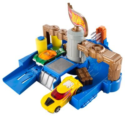 Hot Wheels Clean Ride Car Wash Playset Cdl85 Hot Wheels