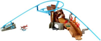 DISNEY Planes Fire & Rescue  Fire at Fusel Lodge! Track Set