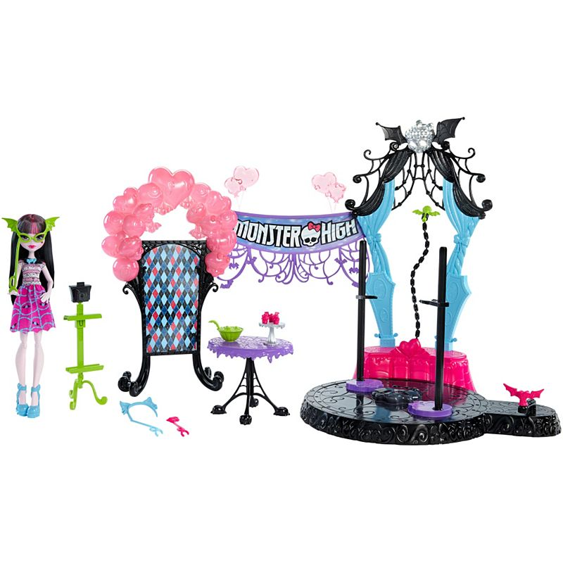 Monster High Dance The Fright Away Draculaura Doll Playset