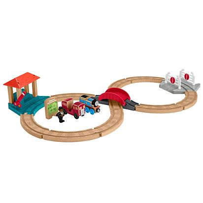 Thomas & Friends Wood Racing Figure-8 Set | FHM65 | Fisher-Price